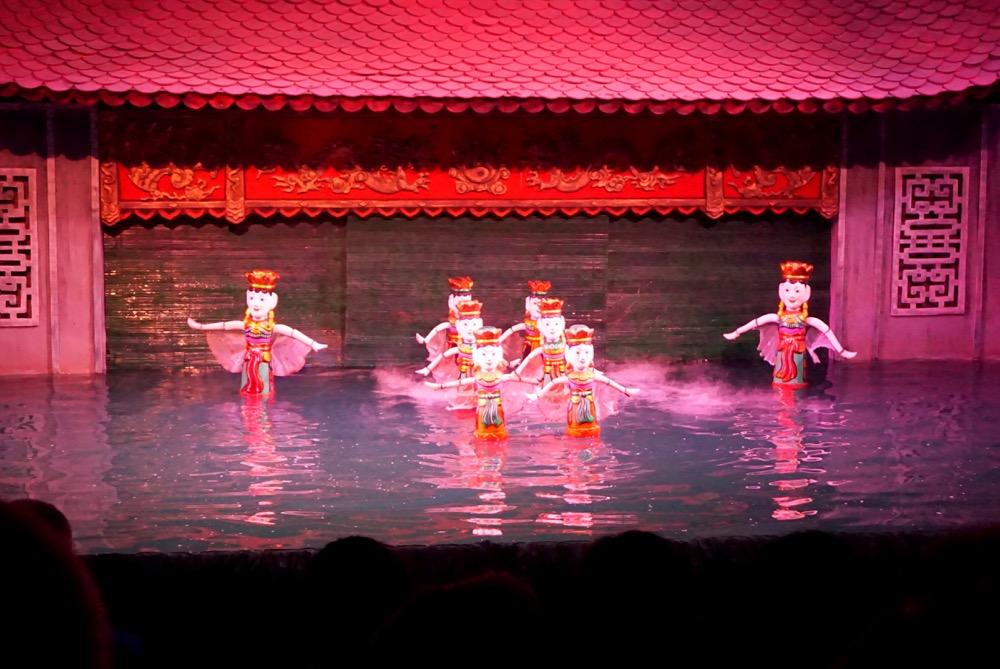 teatr lalek na wodzie water puppet theatre